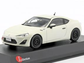 Toyota 86 Racing satin white pearl 1:43 Kyosho JCollection