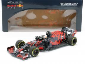 M. Verstappen Red Bull Racing RB15 #33 Silverstone Shakedown F1 2019 1:18 Minichamps