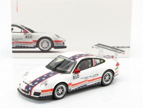 M. Snow Porsche 911 (997) GT3 Cup #810 U.S. Flag 1:18 Welly