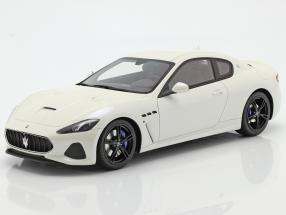 Maserati Gran Turismo MC year 2018 white 1:18 TrueScale