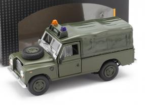 Land Rover Series III 109 Softtop Military vehicle dark olive 1:43 Cararama