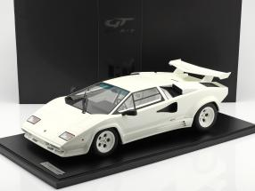 Lamborghini Countach LP5000 QV year 1987 polo white With Showcase 1:8 GT-Spirit