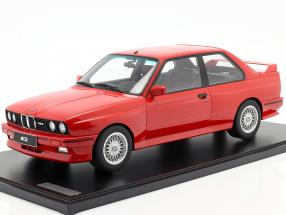 BMW M3 (E30) year 1986 brilliant red with showcase 1:8 GT-Spirit