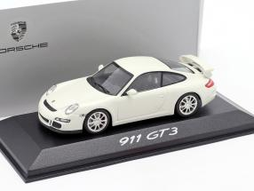 Porsche 911 (997) GT3 Mk1 year 2006 white 1:43 Minichamps