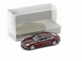 Porsche Panamera 4S year 2015 dark red metallic 1:87 Minichamps