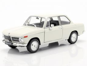 BMW 2002ti cream 1:24 Welly