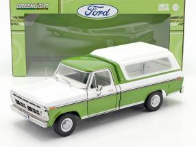 Ford F-100 Pick up year 1976 with cover green / white 1:18 Greenlight