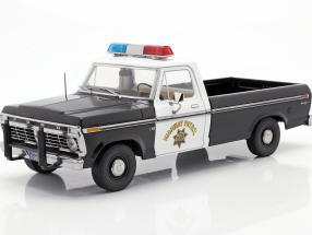 Ford F-100 1975 California Highway Patrol black / white 1:18 Greenlight