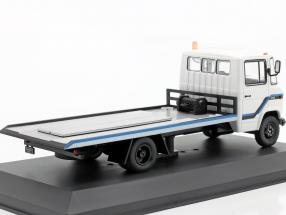 Mercedes-Benz L608 D Tow truck year 1980 white