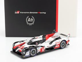 Toyota TS050 Hybrid #8 Winner 24h LeMans 2019 with showcase 1:18 Spark