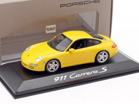Porsche 911 (997) Carrera S Coupe Mk1 2005 speed yellow 1:43 Minichamps