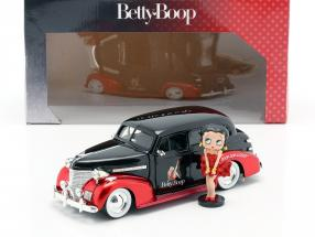 Chevrolet Master Deluxe 1939 with figure Betty Boop black / red 1:24 Jada Toys