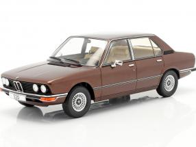 BMW 5-Series (E12) year 1974 dark brown metallic 1:18 Model Car Group