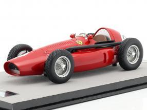 J. F. Gonzalez Ferrari 553 Squalo #21 Silverstone Int. Trophy 1954 1:18 Tecnomodel