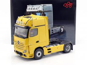 Mercedes-Benz Actros Gigaspace 4x2 SZM Facelift 2018 broomy yellow 1:18 NZG