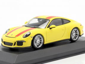 Porsche 911 R year 2016 yellow / red 1:43 Minichamps