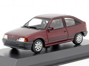 Opel Kadett E Construction year 1990 red metallic 1:43 Minichamps