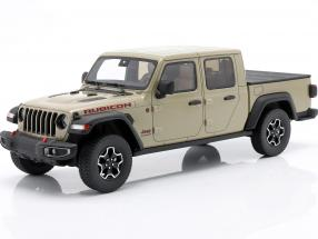 Jeep Gladiator Rubicon year 2020 light olive green 1:18 GT-SPIRIT