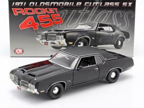 Oldsmobile Rocket 455 Cutlass SX year 1970 black 1:18 GMP
