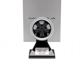 Porsche 911 (930) Turbo Wheel Rim year 1989 black / silver 1:5 Minichamps