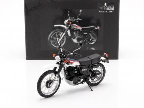 Yamaha XT 500 year 1986 dark blue / white 1:12 Minichamps