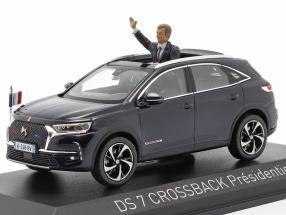 DS 7 Crossback Presidentiel 2017 with figure blue metallic 1:43 Norev