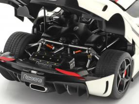 Koenigsegg Regera year 2016 white / carbon / red