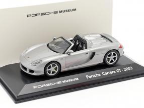Porsche Carrera GT Year 2003 silver Porsche Museum Edition 1:43 Welly