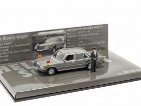 Mercedes-Benz 350 SEL (W116) Chancellor Helmut Schmidt 1972 1:43 Minichamps