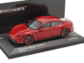 Porsche Taycan Turbo S Baujahr 2020 karminrot