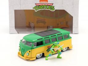 Volkswagen VW Bus TV-Serie Teenage Mutant Ninja Turtles mit Figur 1:24 Jada Toys
