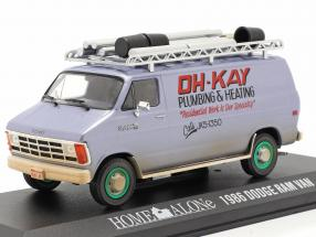 Dodge Ram Van 1986 Movie Home Alone (1990) silver blue / green 1:43 Greenlight