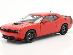 Dodge Challenger 392 HEMI Scat Pack Shaker 2018 red 1:18 AUTOart