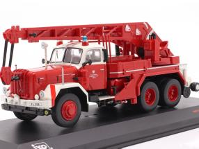 Magirus Deutz Uranus KW 16 fire department Frankfurt red 1:43 Ixo