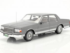 Chevrolet Caprice Classic year 1987 grey metallic 1:18 Model Car Group