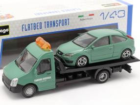 Ford Focus ST with Flatbed transporter dark green 1:43 Bburago