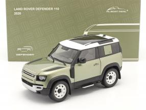 Land Rover Defender 90 with roof rack 2020 pangea green 1:18 Almost Real
