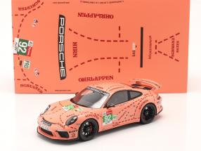 Porsche 911 (991 II) GT3 sow / Pink Pig design taxi Leipzig 1:18 Spark