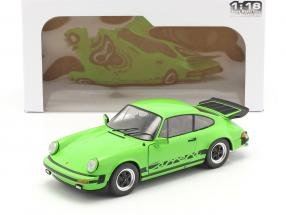 Porsche 911 (930) Carrera 3.2 Coupe year 1984 green 1:18 Solido