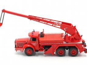 Magirus Berliet TBO 15 Tone fire Department crane vehicle SDI des Yvelines