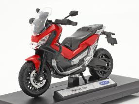 Honda X-ADV year 2018 red / black 1:18 Welly