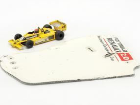 Original rear wing end plate formula Renault 2.0 / ca. 36 x 47 cm