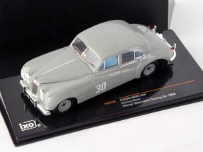 Stirling Moss Jaguar MKVII #30 winner Silverstone Touring Car 1952 1:43 Ixo / 2nd choice