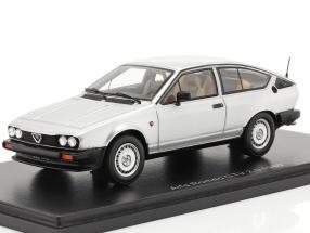 Alfa Romeo GTV 2.0 year 1980 silver