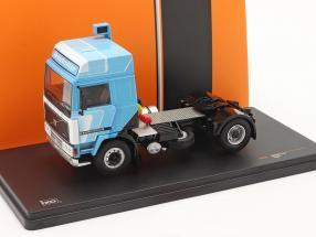 Volvo F12 Globetrotter Truck 1981 white / blue 1:43 Ixo