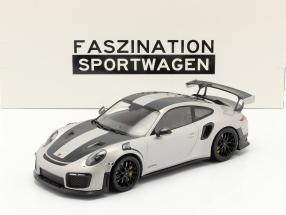 Porsche 911 (991 II) GT2 RS Weissach Package 2018 silver / black rims 1:18 Minichamps