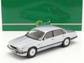 Jaguar XJR XJ40 year 1990 frost silver 1:18 Cult Scale