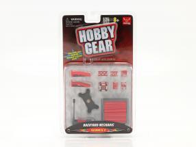 Backyard Mechanic Set 1:24 Hobbygear