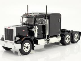 Peterbilt 359 Bull Nose Truck 1967 black 1:18 Road Kings