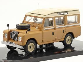 Land Rover Series II 109 Station Wagon 4x4 1958 beige 1:43 Ixo